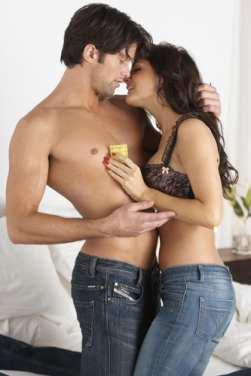Condom-couple